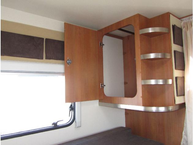 hobby toskana d 650 esc limited edition mieten. Black Bedroom Furniture Sets. Home Design Ideas