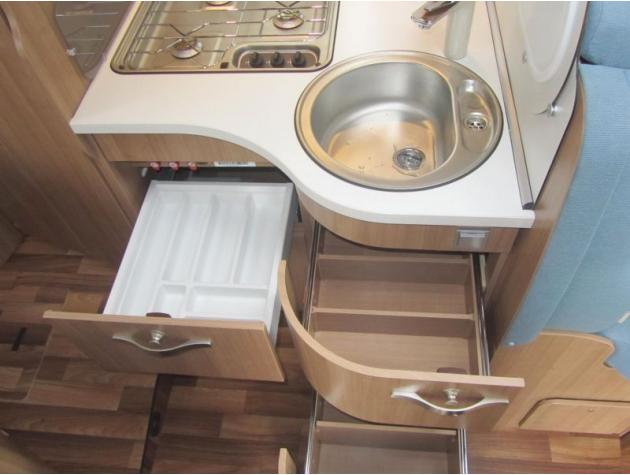 hymer tramp cl 554 markise l sitzgruppe mieten. Black Bedroom Furniture Sets. Home Design Ideas