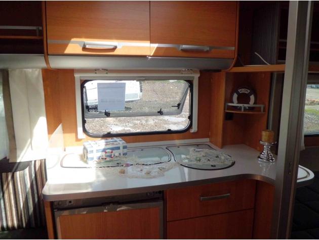 bild 5 wohnwagen in twist online mieten. Black Bedroom Furniture Sets. Home Design Ideas