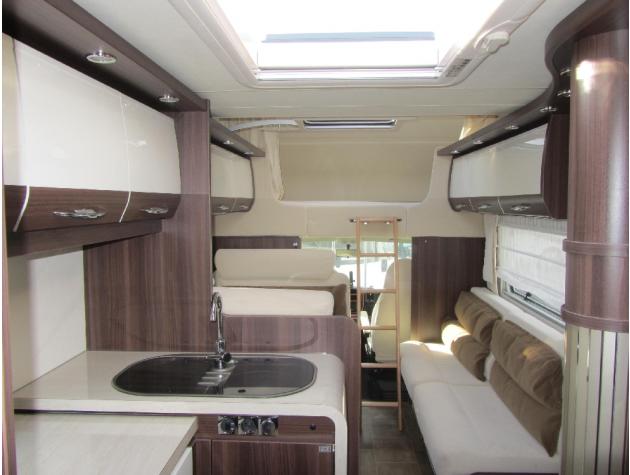 b rstner argos 747 2 g 49 177 ps sat automatik mieten. Black Bedroom Furniture Sets. Home Design Ideas
