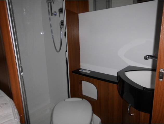 hobby optima de luxe t 65 fl navi sat tv markise. Black Bedroom Furniture Sets. Home Design Ideas