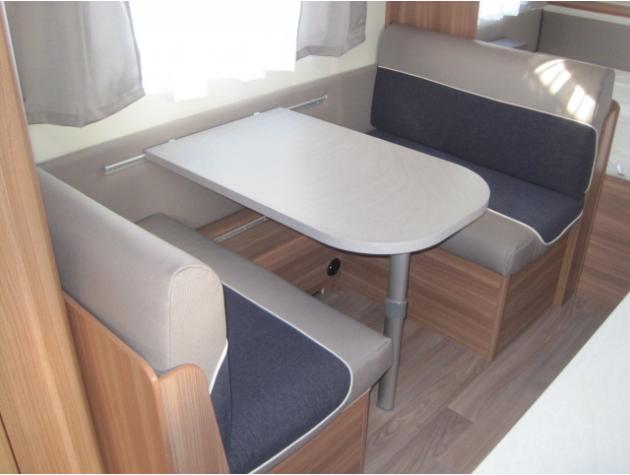 weinsberg caraone 480 qdk 3 fach etagenbett mieten. Black Bedroom Furniture Sets. Home Design Ideas