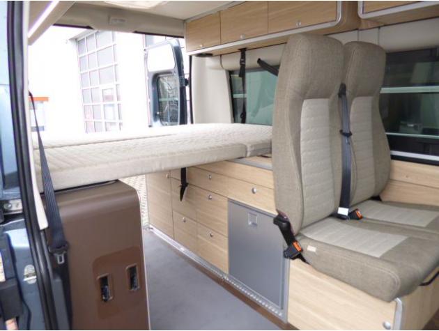 hymercar rio automatik ahk markise mieten. Black Bedroom Furniture Sets. Home Design Ideas
