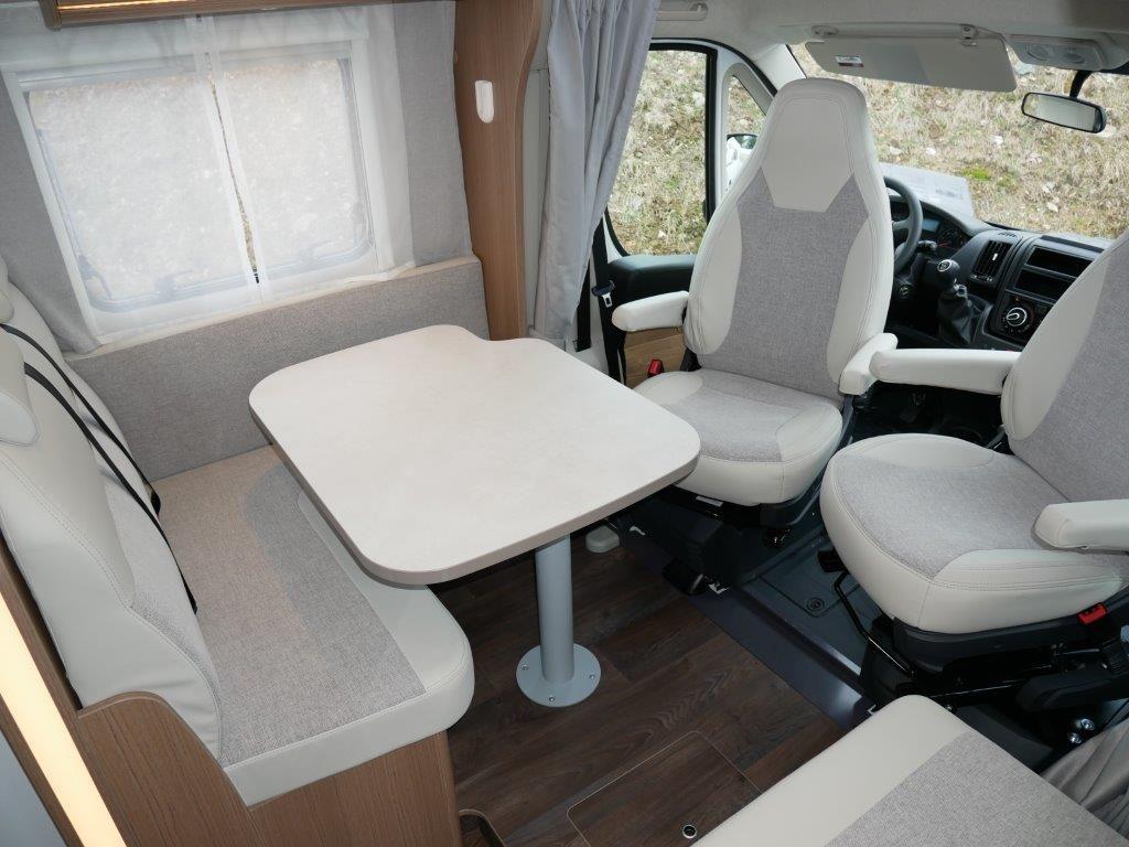 Carado T 10 10. Sitzplatz, Hubbett mieten - cararent.de